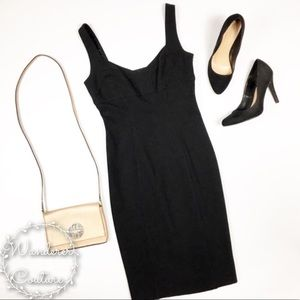 DVF Black V Neck Sleeveless Bodycon Dress